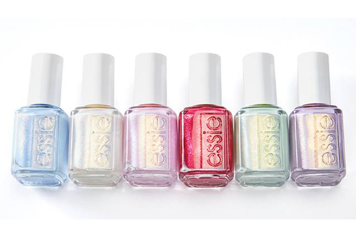 Flaunt salon-ready nails with Essie
