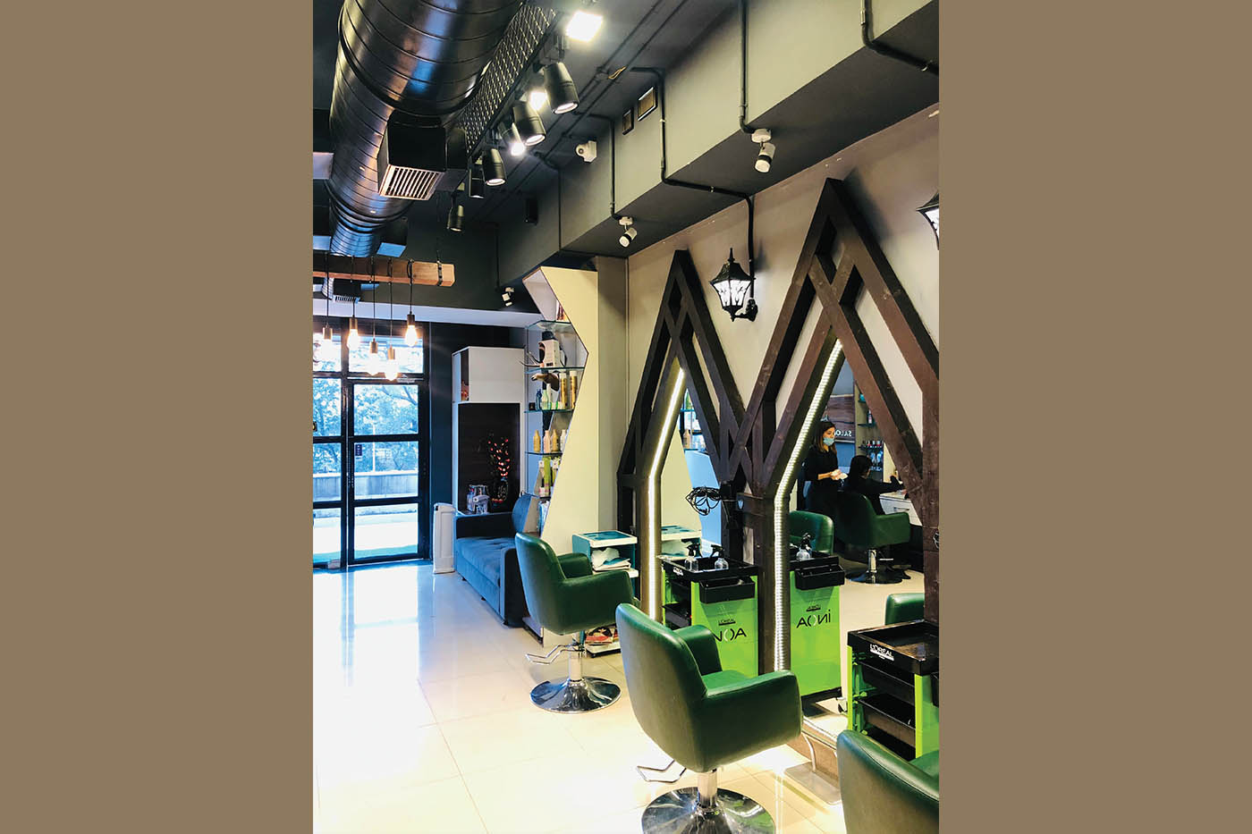 S&S Salon — Bringing Smiles with