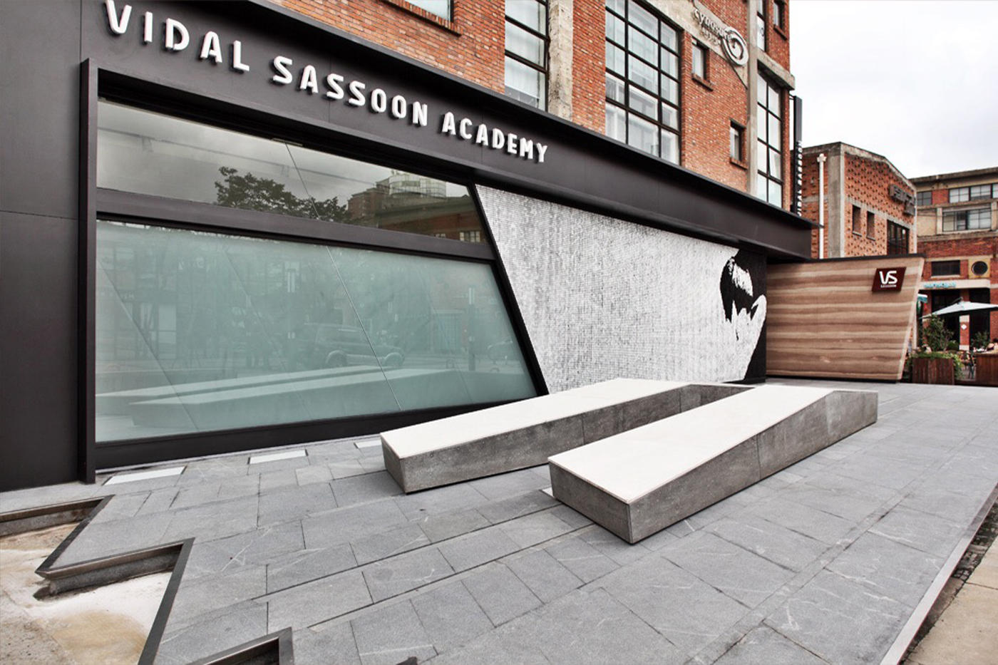 Private investor group rescues Sassoon's UK business