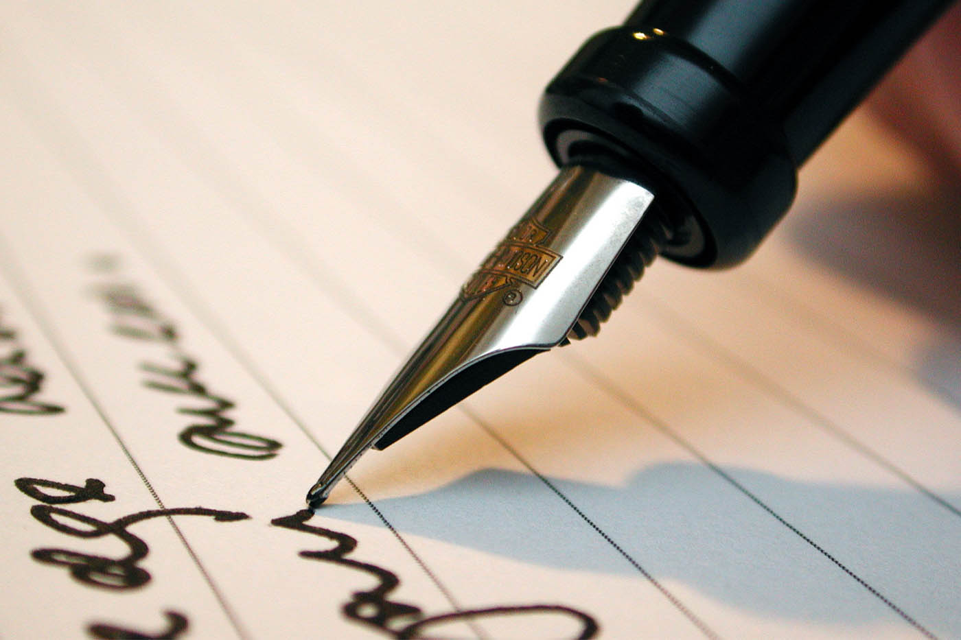 Can handwritten notes to clients boost your business?