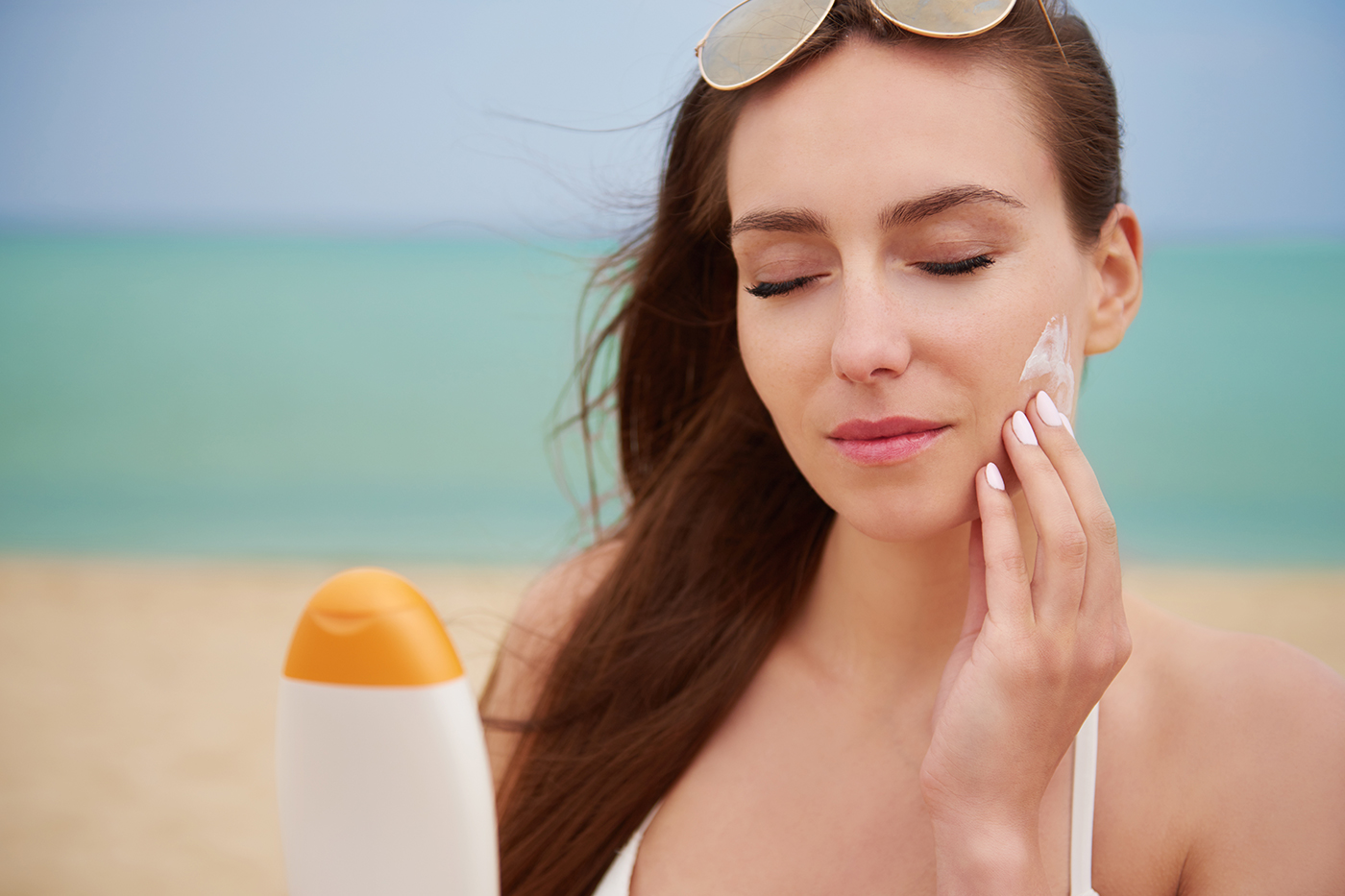 Negative news about safety of sunscreens affects consumer confidence