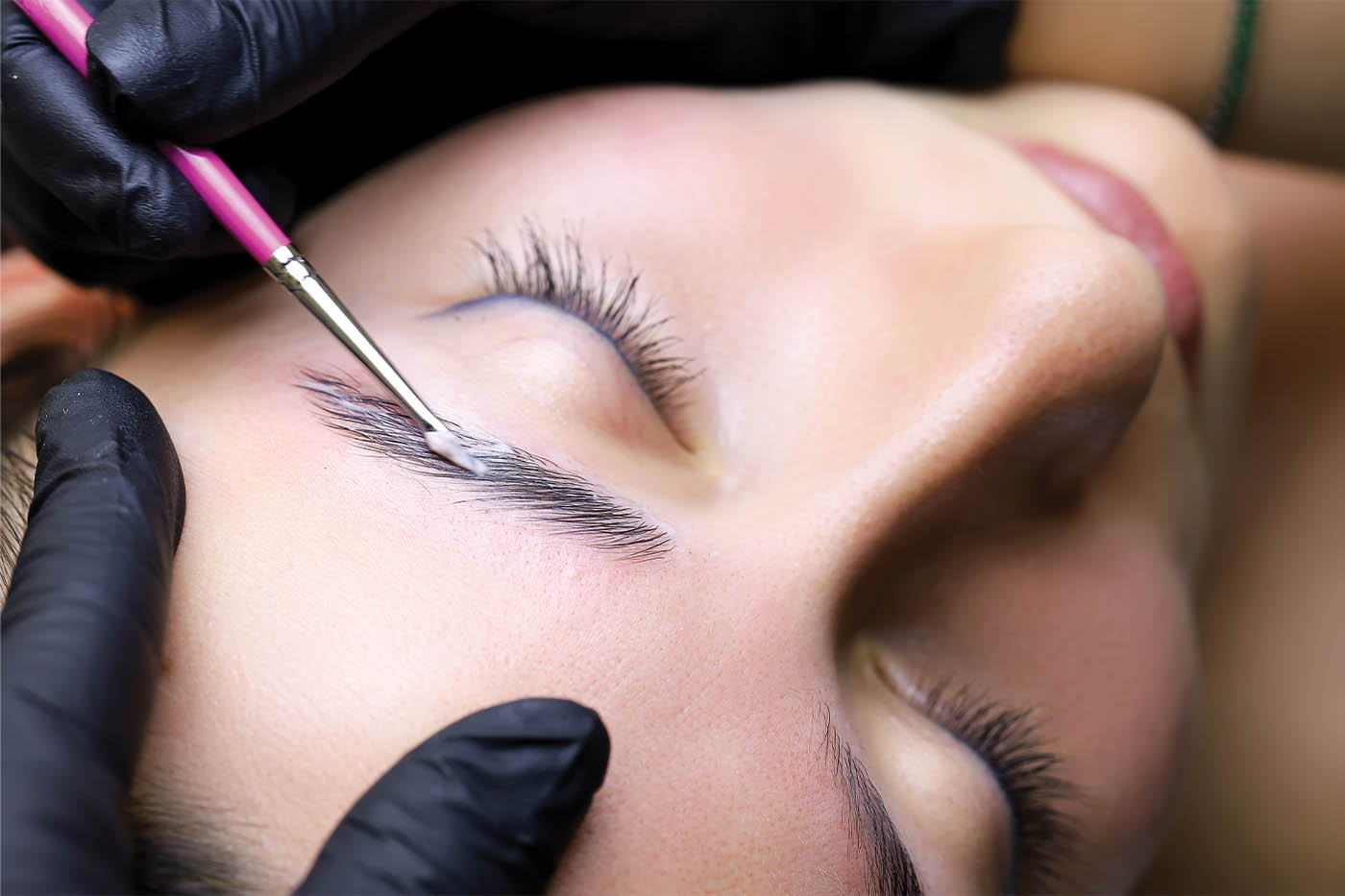 Complete Guide to Eyebrow Lamination