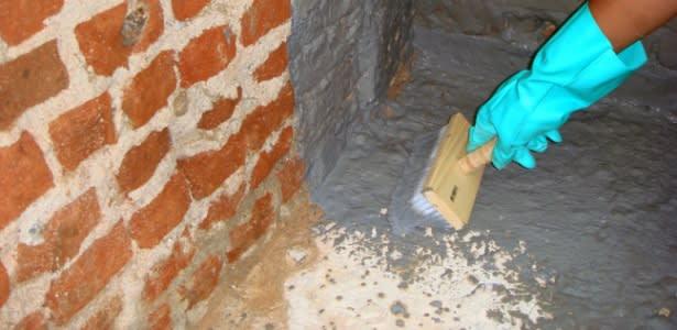 Tratamento de paredes com umidade