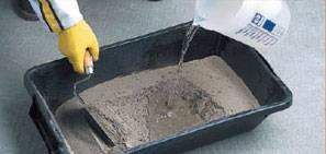Como assentar porcelanato: preparo da argamassa colante