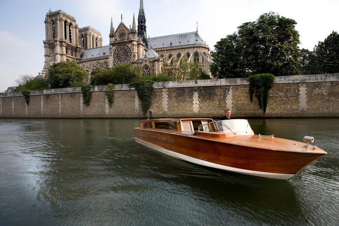 Paris by Private Luxury Yacht