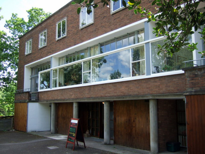Hampstead Tour - Modern Architecture & Intellectuals - Context Travel