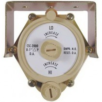CSC-2003 - KMC Controls Reset Volume Controller, Beige, 0 - 249 Pa, Direct Acting Cooling Thermostat