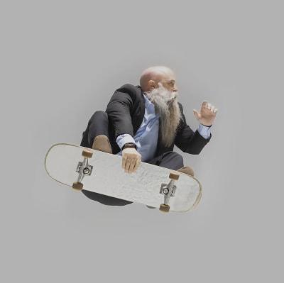 v1583520834/cg-website/skateboarder