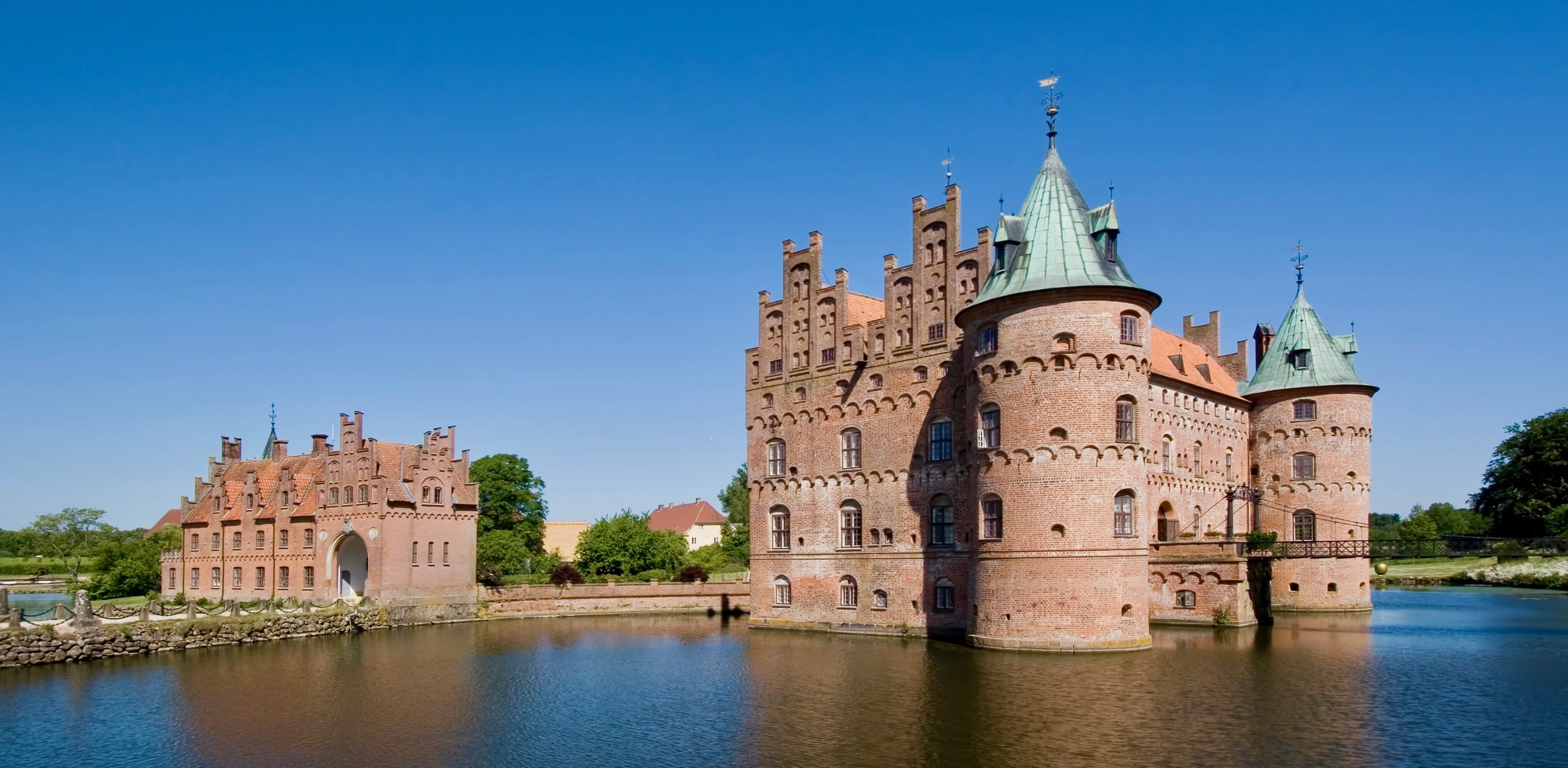 A castle with a moat.