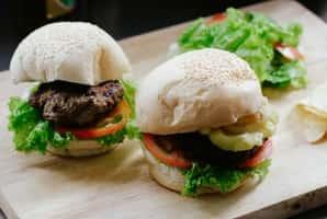 service Cheeseburgers à la mimolette