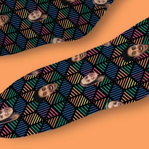 גרביים דגם פירמידה צבעונית