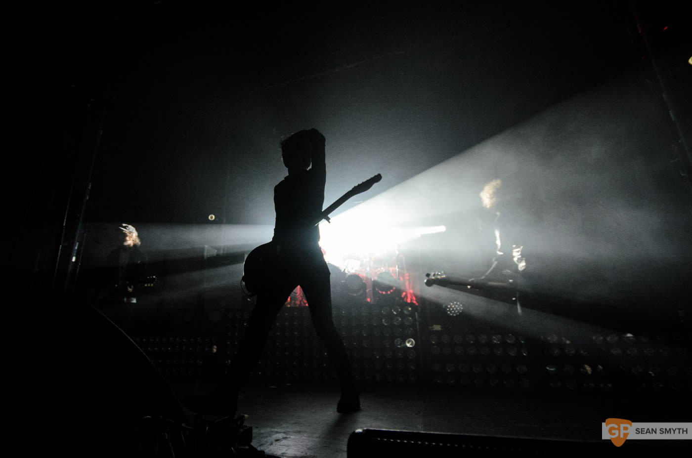 catfish-and-the-bottlemen-at-the-olympia-theatre-by-sean-smyth-20-11-16-5-of-27