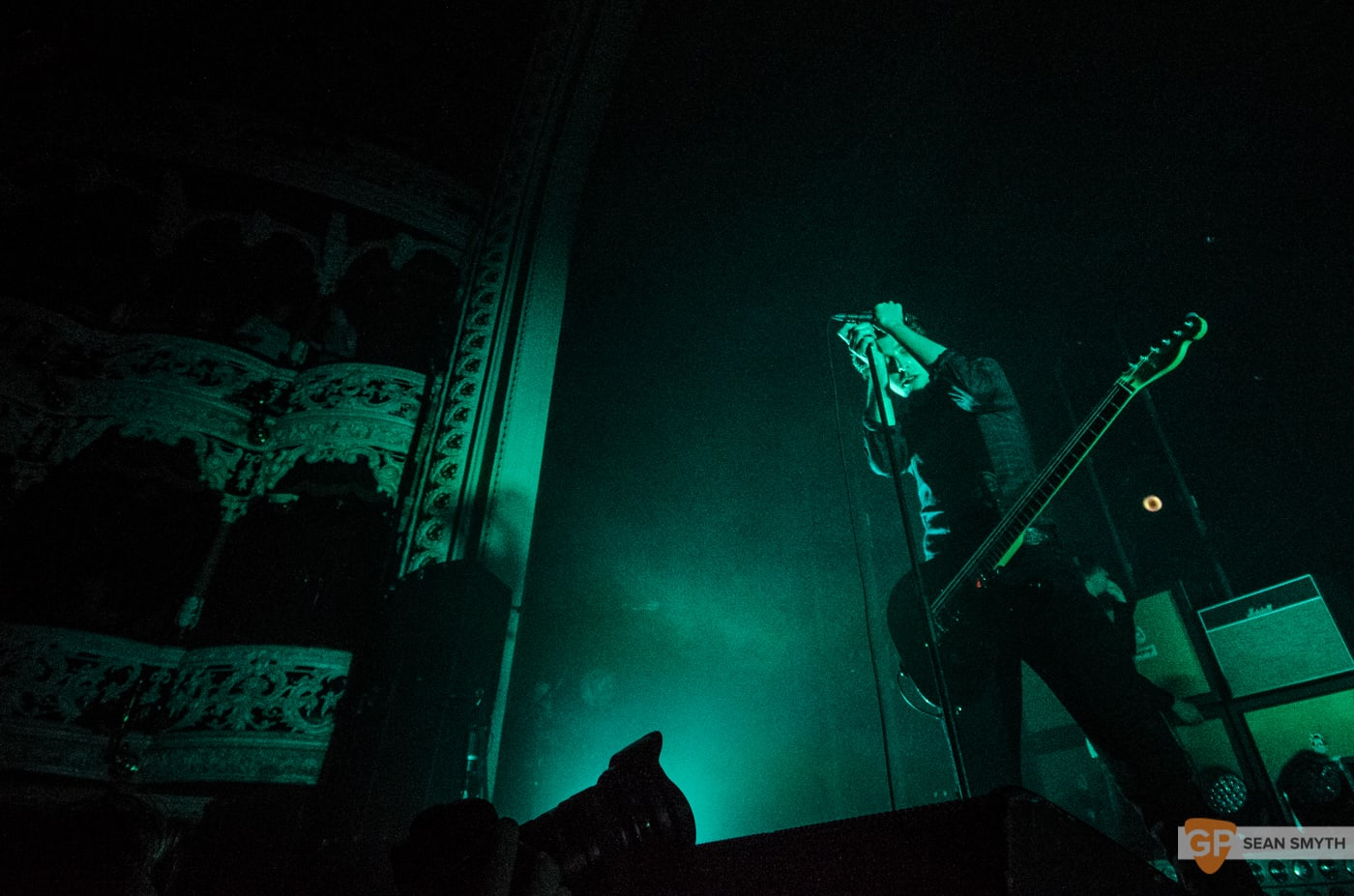 catfish-and-the-bottlemen-at-the-olympia-theatre-by-sean-smyth-20-11-16-11-of-27