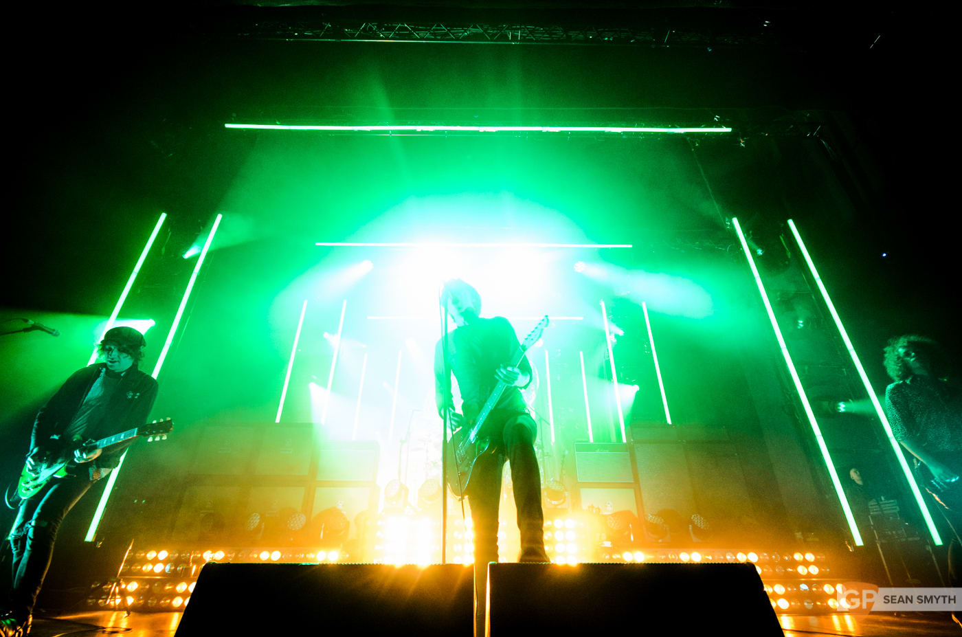 catfish-and-the-bottlemen-at-the-olympia-theatre-by-sean-smyth-20-11-16-27-of-27