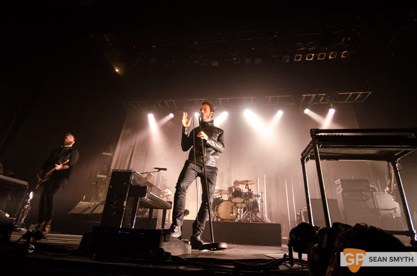 editors-at-the-olympia-theatre-by-sean-smyth-10-10-15-7-of-28_21469303883_o