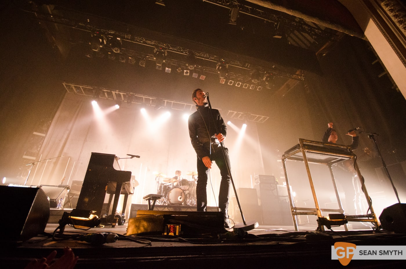 editors-at-the-olympia-theatre-by-sean-smyth-10-10-15-22-of-28_22100459691_o