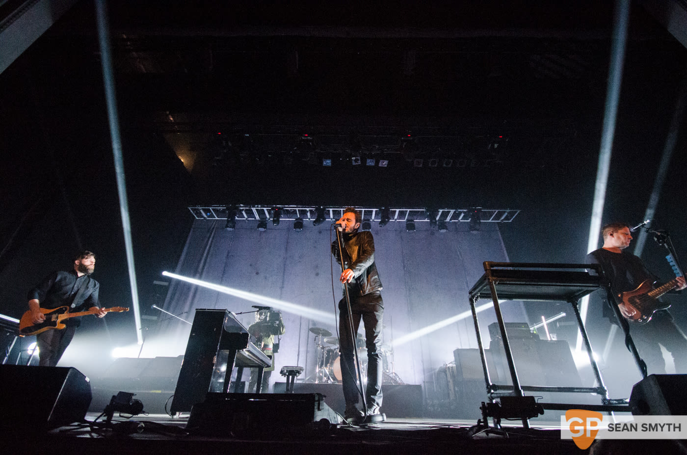 editors-at-the-olympia-theatre-by-sean-smyth-10-10-15-24-of-28_22090440605_o