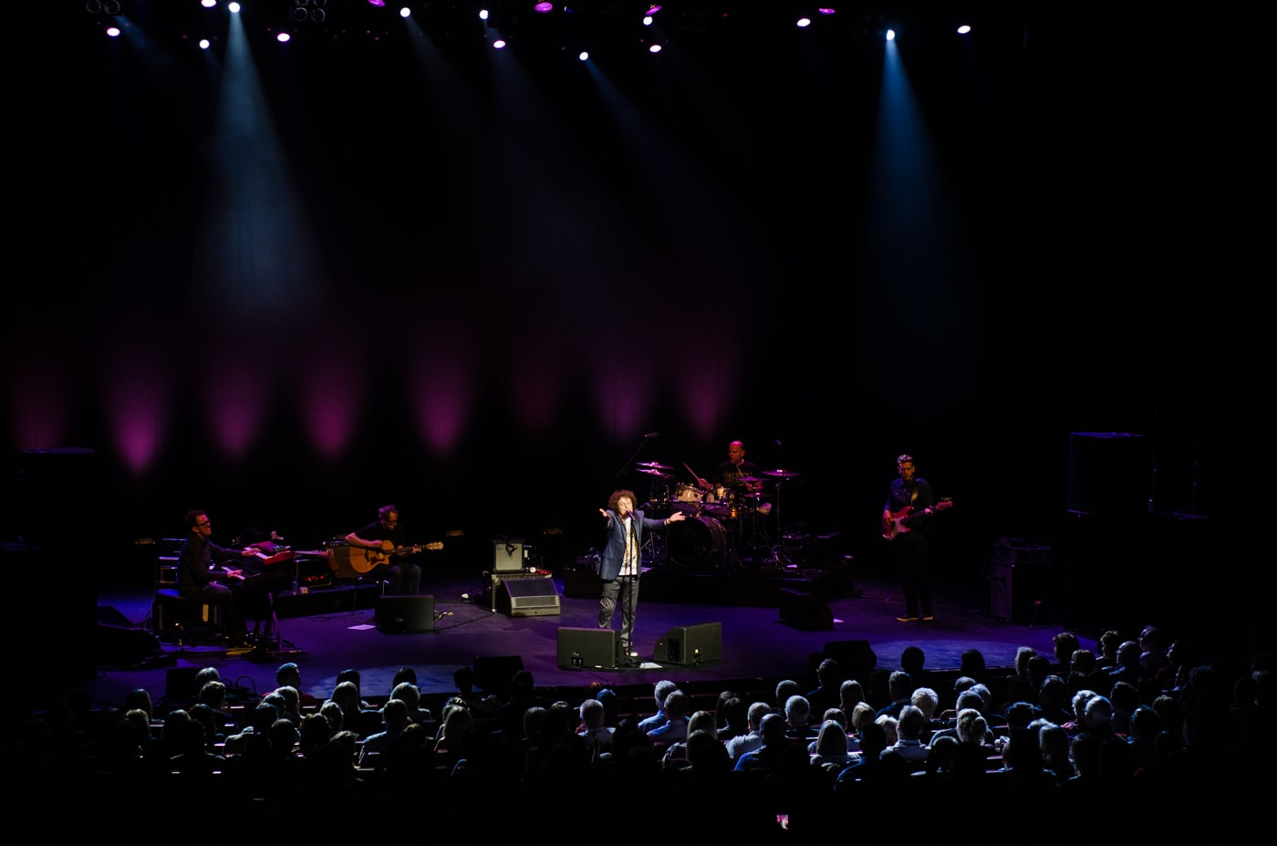 Leo Sayer at Bord Gais Energy Theatre by Sean Smyth (16-10-15) (50 of 129)