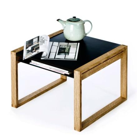 Skønt bord med hylde til tegnesagerne