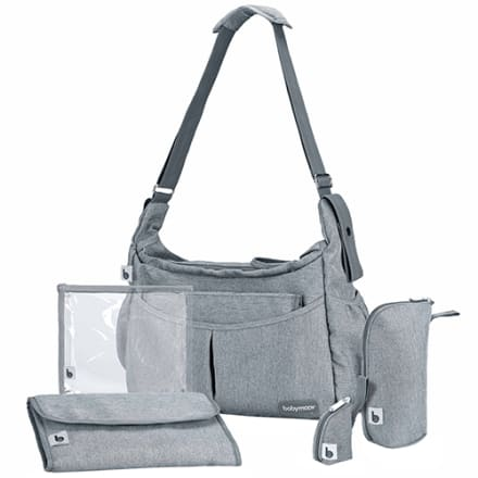 Inkl. pusleunderlag, termotaske, suttetaske og taske til vådservietter