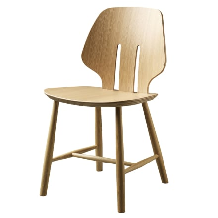 FDB Møbler - Klassisk stol i fuldendt formsprog
