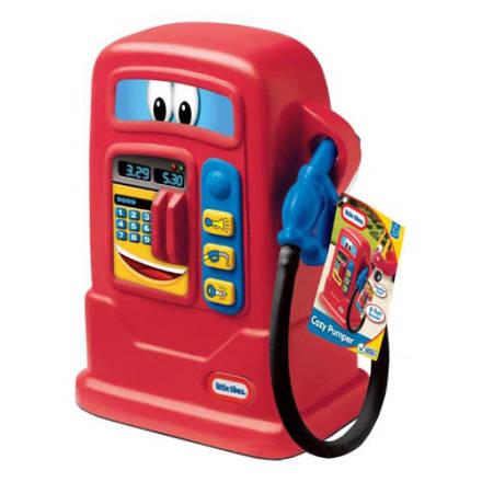 Lad dit barn fylde benzin på sin gåvogne og andre køretøjer
