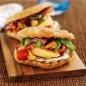 Smörgås med skinka, melon och balsamvinäger