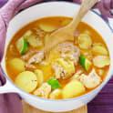 Röd currygryta med potatis