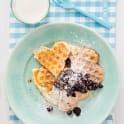 Frukostvåfflor med kardemummablåbär