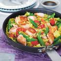 Stekt ris med lax och paprika