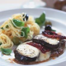 Bild på Lövbiff med mozzarella och pasta