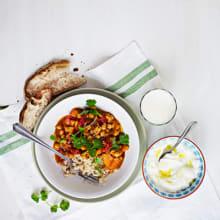 Bild på Currygryta med sötpotatis och kikärtor
