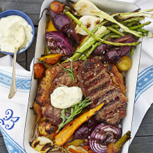 Bild på Grillade grönsaker och biff med bea-aioli