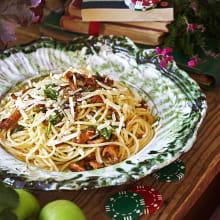 Bild på Pasta med kantareller och brynt rucolasmör