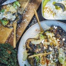 Grillad spetskål och aubergine med fetaostyoghurt