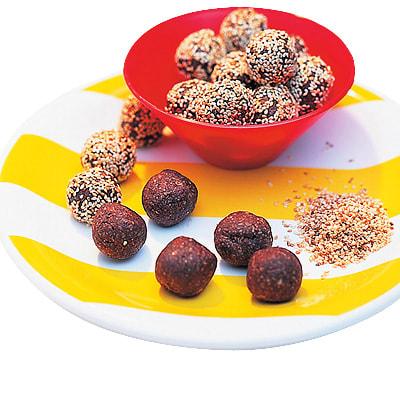 chokladbollar med kaffe