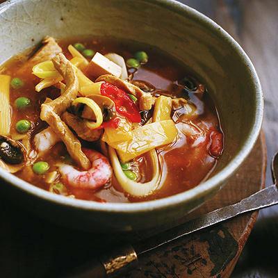 Bild på Sötsur soppa med räkor och tofu