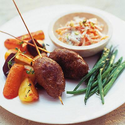 Bild på Lammkebab med rotsaker och morotsraita