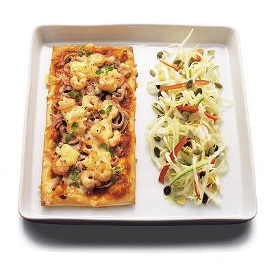 Bild på Pizza med vitkålssallad