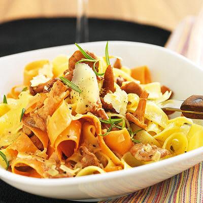 Bild på Pasta med kantareller, konjak och västerbottensost
