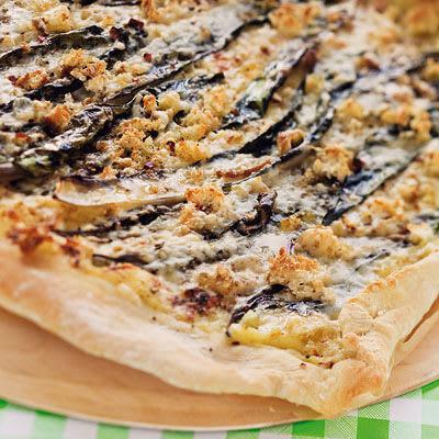Bild på Pizza med mangold och gruyèreost