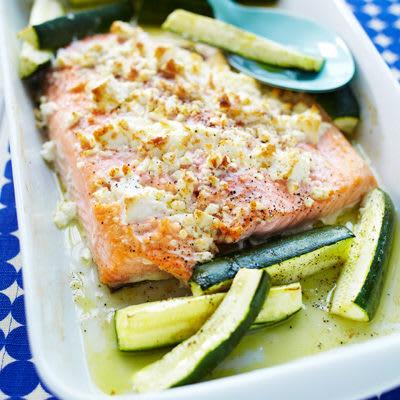 Bild på Fetaostbakad lax med zucchini