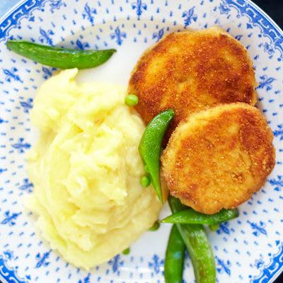 Bild på Laxwallenbergare med potatispuré och gröna bönor