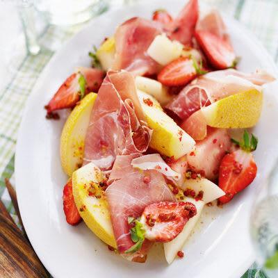 Bild på Melon och parmaskinka med rosépeppardressing