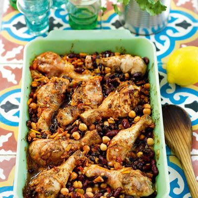 Bild på Kycklingklubbor med kryddiga bönor