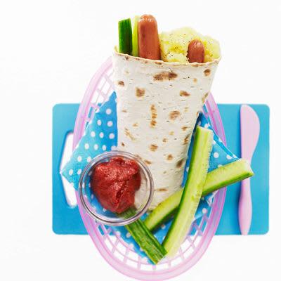 Bild på Wrap med korv och potatiskross