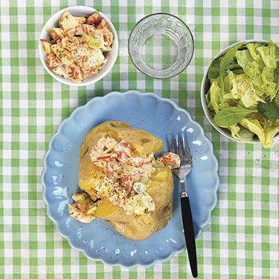 Bild på Bakpotatis med currykräftor