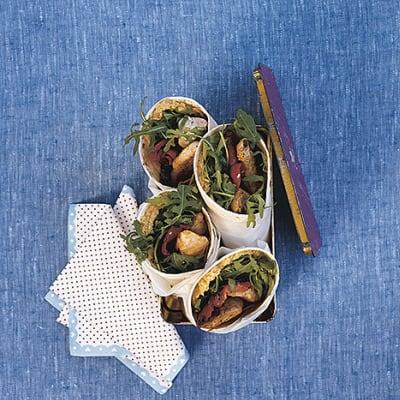 Bild på Kycklingwrap med hummus och paprika