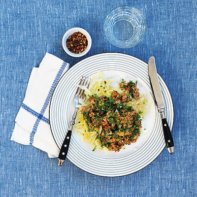 Bild på Ungersk köttfärssås med blancherad vitkål