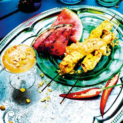 Bild på Tofusatay med vattenmelon och jordnötssås